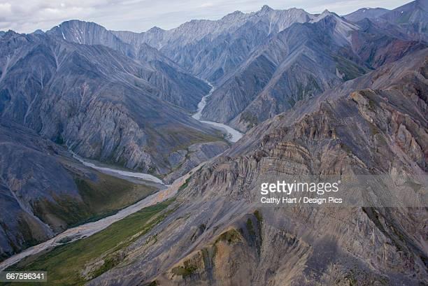 aerial view of the brooks range in summer, anwr, arctic alaska - 国立野生生物保護区 ストックフォトと画像