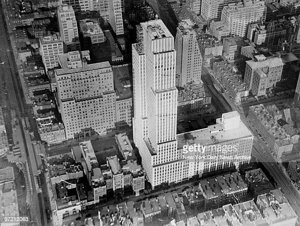 Aerial view of the Daily News Building before completion at 220 East 42nd Street