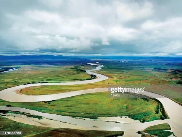 中国四川省、アバチベット、qiang自治区の黄河(黄河)の最初のバンドの航空写真。 - 四川省 ストックフォトと画像