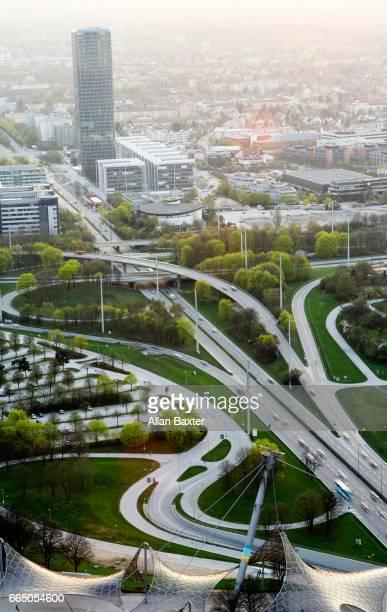 aerial view of the georg-brauchle-ring and 304 highway - verkehrswesen stock-fotos und bilder