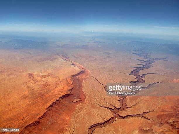 aerial view of the grand canyon - canyon foto e immagini stock