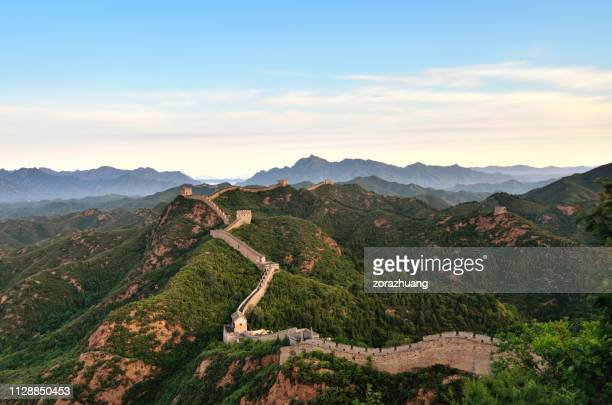 aerial view of the great wall at morning, china - great wall of china stock pictures, royalty-free photos & images