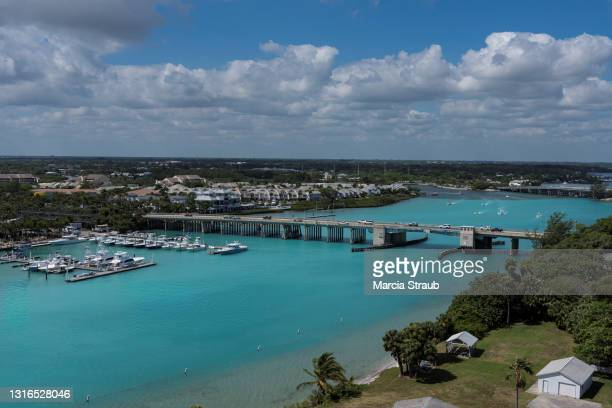 aerial view of the harbor at jupiter florida - jupiter florida stock pictures, royalty-free photos & images