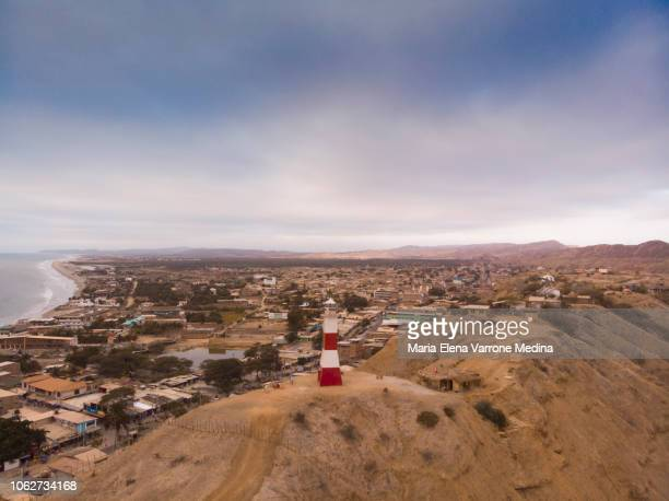 aerial view of the mancora lighthouse in a northerly direction - mancora fotografías e imágenes de stock