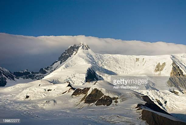 Mount Wrangell Stock Fotos Und Bilder Getty Images