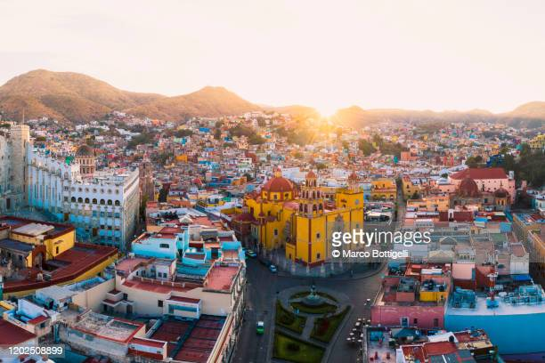 aerial view of the old town of guanajuato, mexico - guanajuato stock pictures, royalty-free photos & images