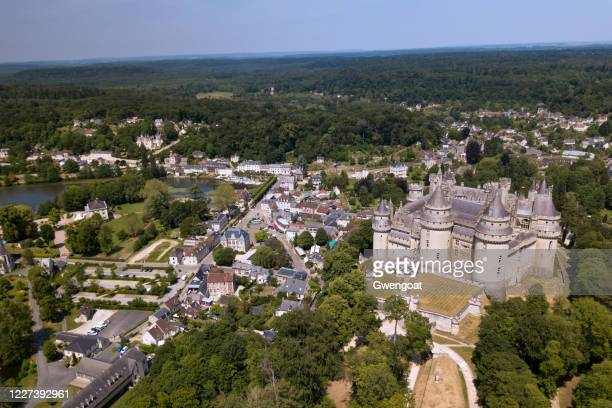 aerial view of the pierrefonds castle - gwengoat stock pictures, royalty-free photos & images