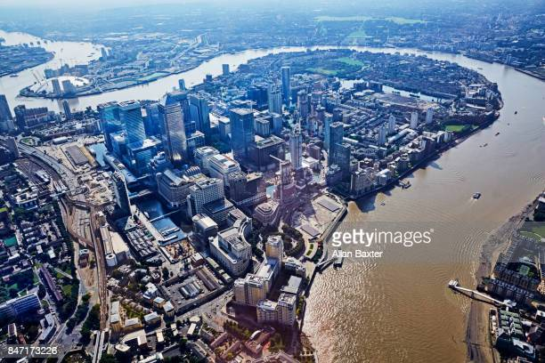 aerial view of the redeveloped isle of dogs - isle of dogs london stock pictures, royalty-free photos & images