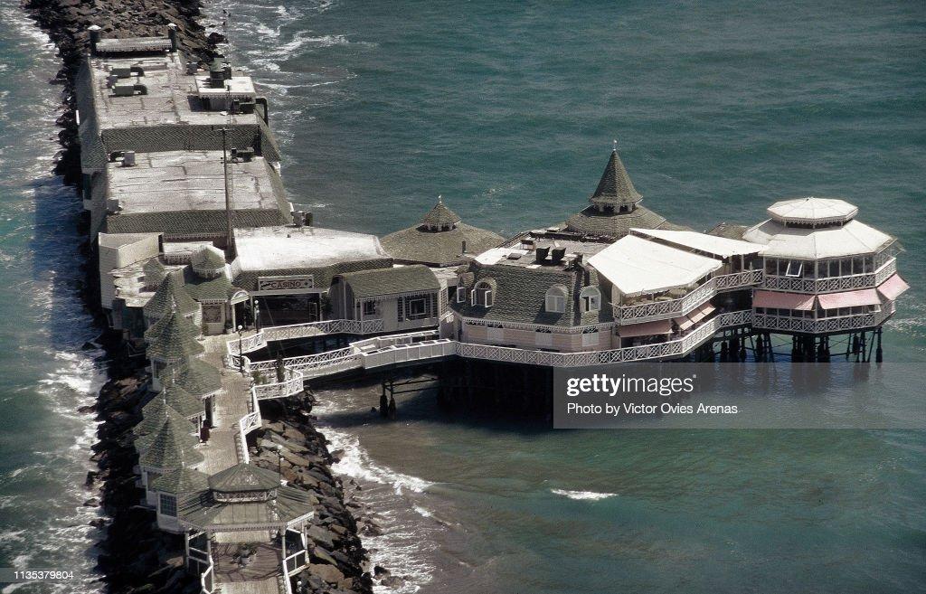 Aerial view of the Rosa Nautica on the Coast of Lima, Peru : Foto de stock