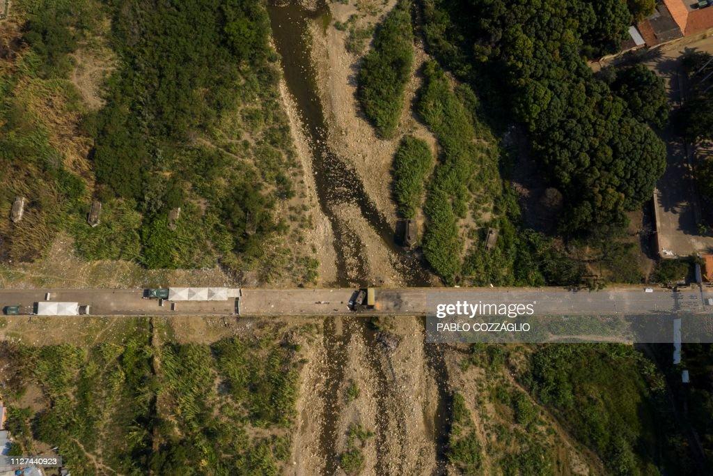 COLOMBIA-VENEZUELA-CRISIS-BORDER : News Photo