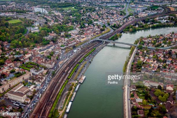 aerial view of the suburbs, paris, aéroport d'orly, france - ile de france stock pictures, royalty-free photos & images