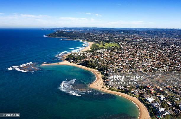 aerial view of toowoon bay, central coast, nsw, australia - bucht stock-fotos und bilder