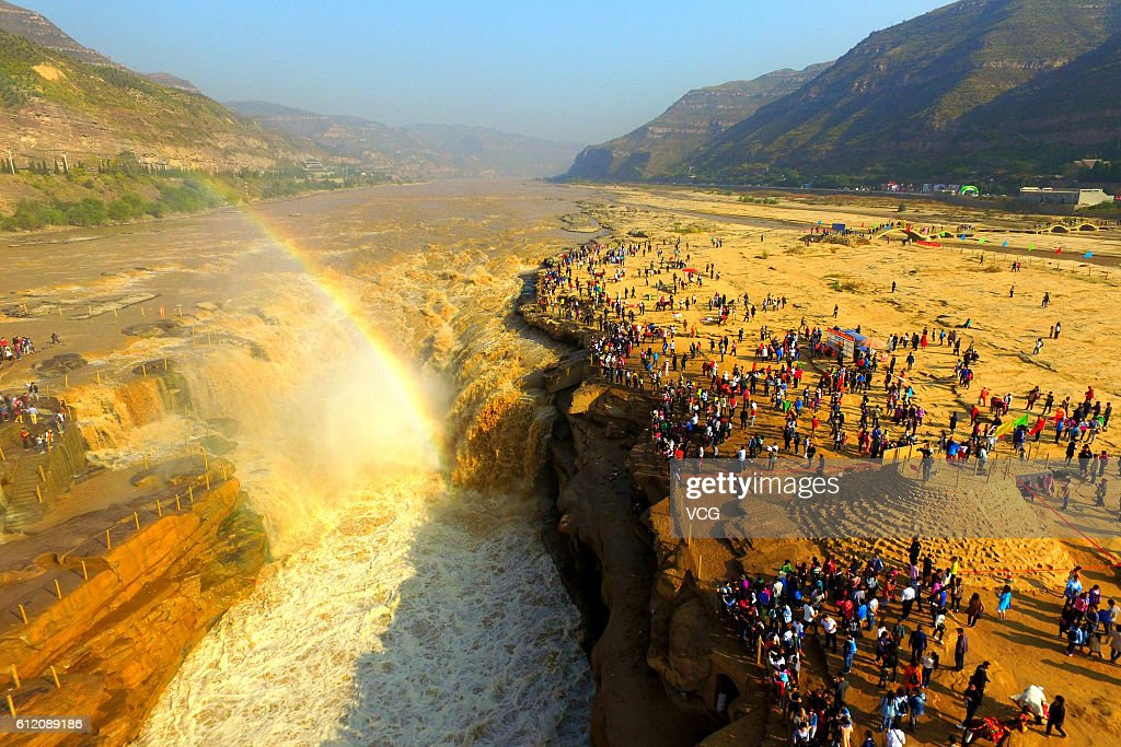 Hukou Waterfall Attracts Thousands Of Tourists : News Photo