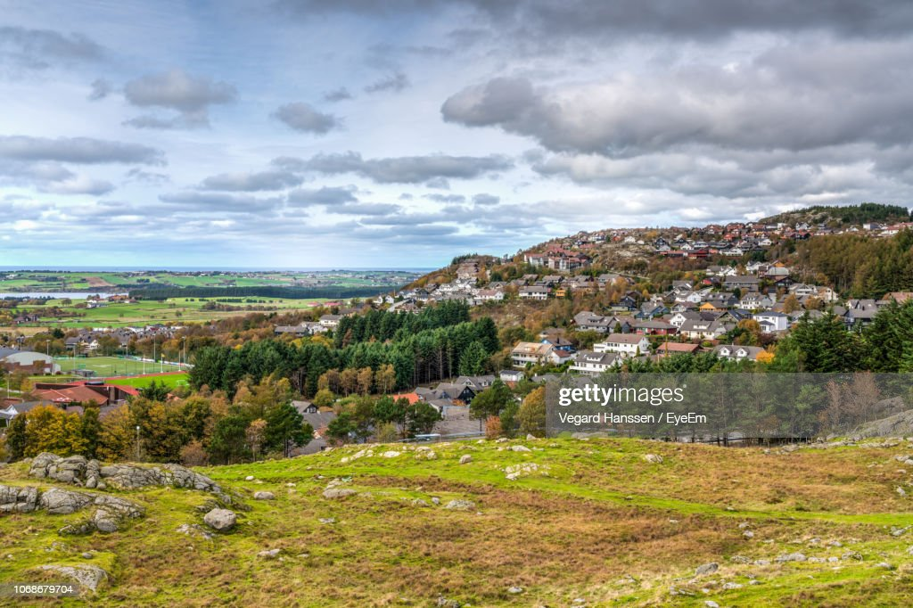 Aerial View Of Townscape Against Sky : Stockfoto
