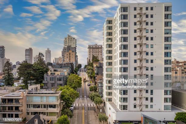 aerial view of trolley on hyde street - north beach san francisco stock pictures, royalty-free photos & images