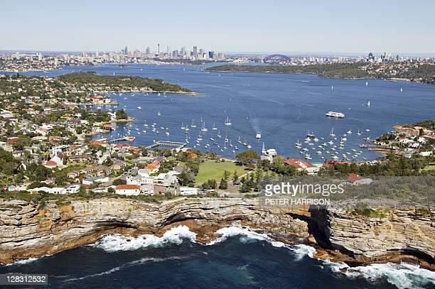 aerial view of watsons bay and the gap, sydney, nsw, australia - baia foto e immagini stock