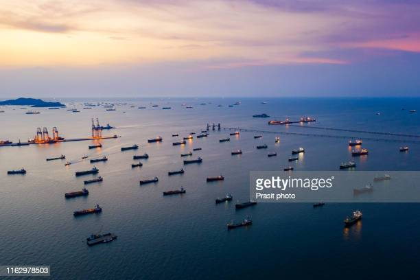 aerial view oil tanker ship loading in port view from above, tanker ship logistic import export business and transportation. - 液化天然ガス ストックフォトと画像