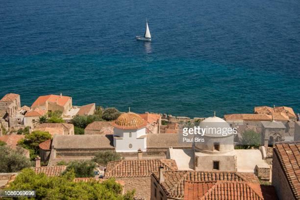aerial view on byzantine town of monemvasia, greece - monemvasia - fotografias e filmes do acervo
