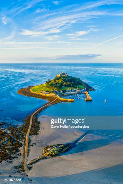 aerial view over saint michael's mount, marazion, near penzance, cornwall, england, united kingdom, europe - gavin hellier stock pictures, royalty-free photos & images