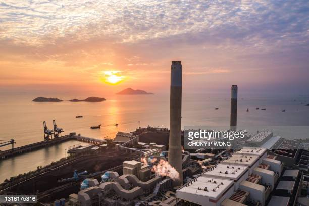 aerial view power plant, power plant electricity generating station industry - development stock pictures, royalty-free photos & images