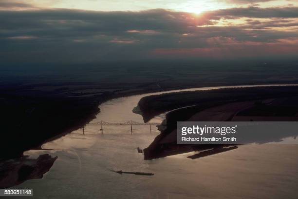 aerial view showing confluence of the mississippi and ohio rivers - オハイオ川 ストックフォトと画像