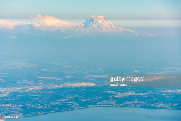aerial view southwest over tacoma to mount rainer - tacoma stock pictures, royalty-free photos & images