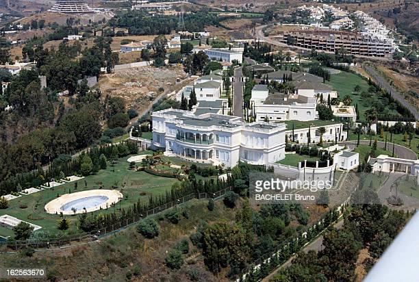 Aerial Views Of Dream Villas In Marbella Marbella Août 1985 vues aériennes de Marbella le palais du roi Fahd d'Arabie saoudite copie de la Maison...