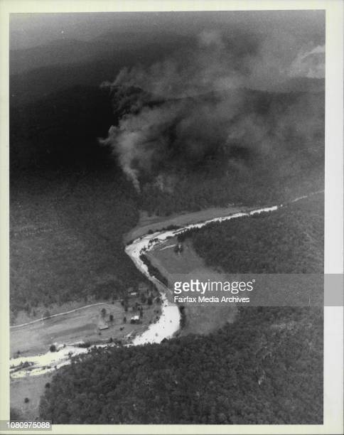 Aerial views of the Bushfires at St Albans just north of Sydney January 15 1985