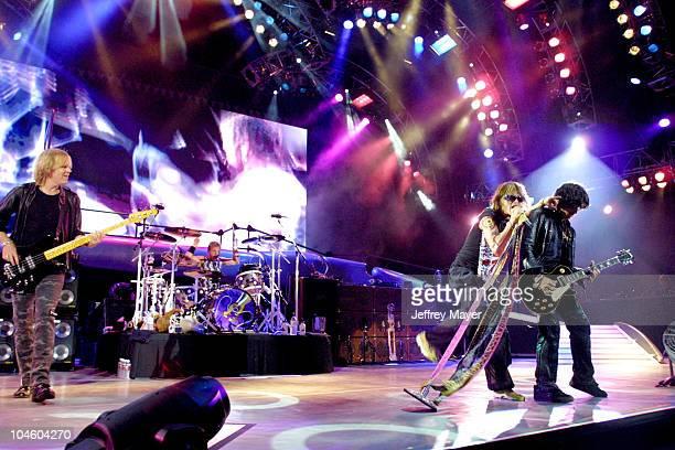 Aerosmith Tom Hamilton Joey Kramer Steven Tyler Joe Perry