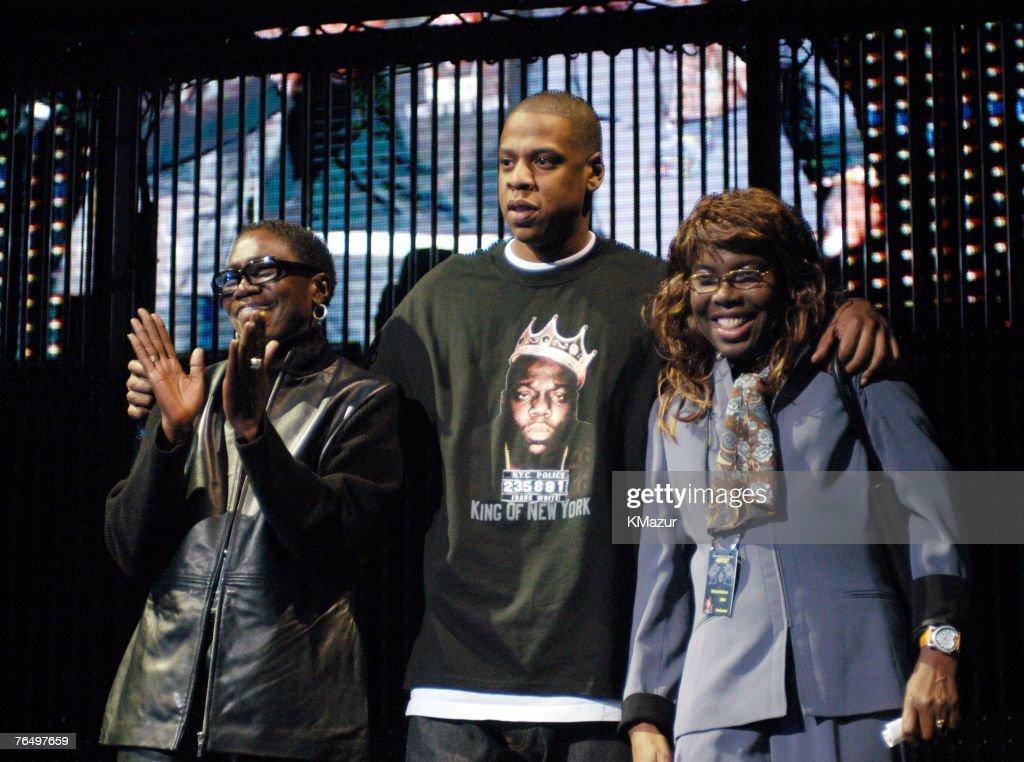"Jay-Z ""The Black Album Tour"" Live at Madison Square Garden - Show : News Photo"