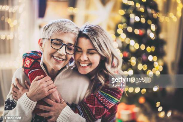 15 745 Mother Daughter Christmas Photos And Premium High Res Pictures Getty Images
