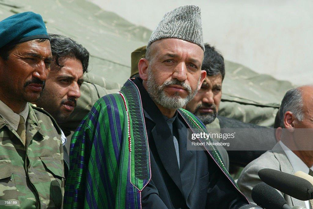 Afghan Interim Leader Hamid Karzai : News Photo