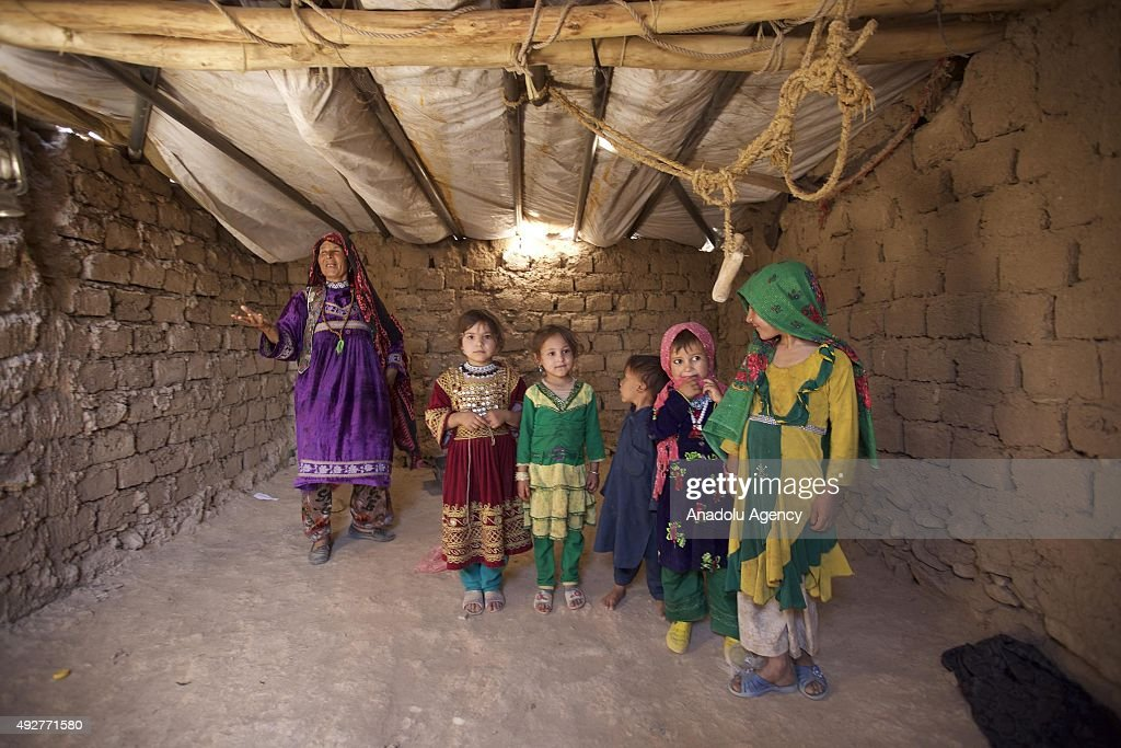 Internally displaced Afghans in Herat : News Photo