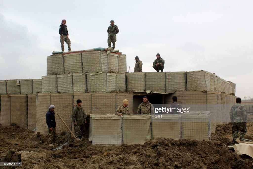 TOPSHOT-AFGHANISTAN-US-CONFLICT-TALIBAN : News Photo