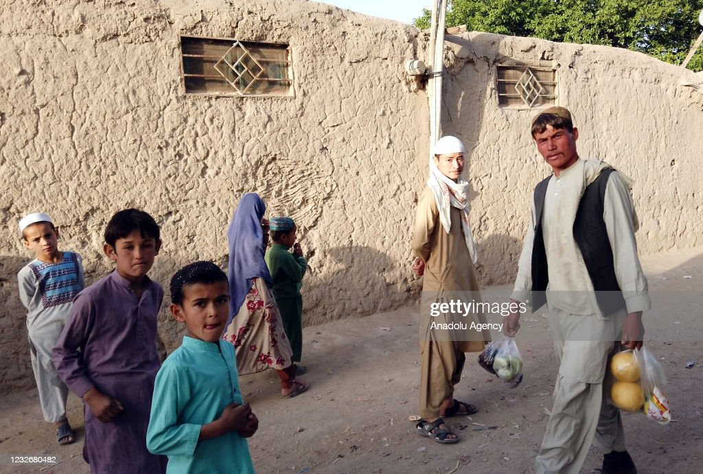 Refugees in Pakistan live in difficult conditions for 40 years : News Photo