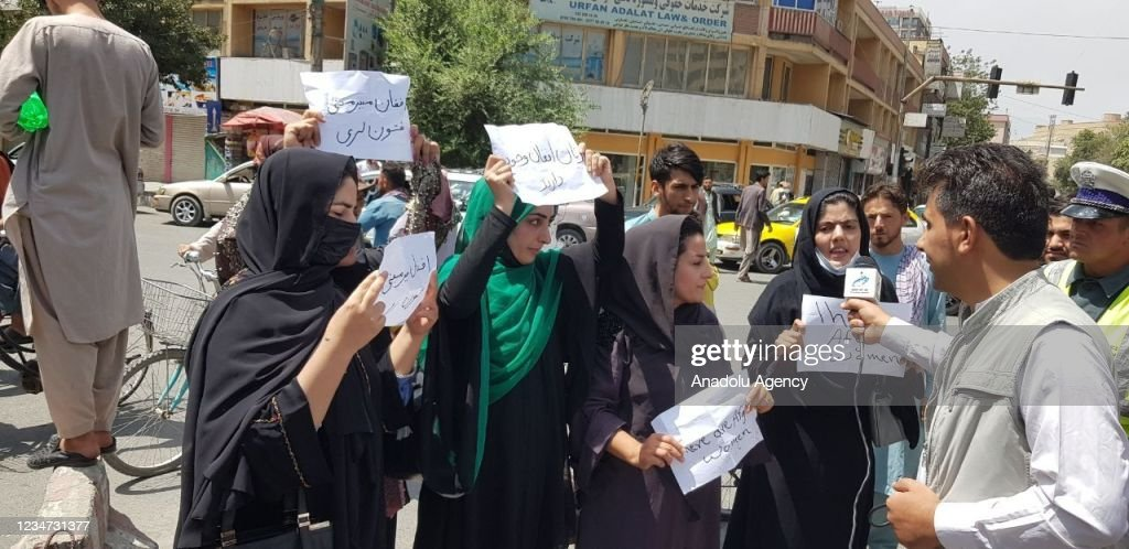 Afghan women demand the protection of their rights : News Photo