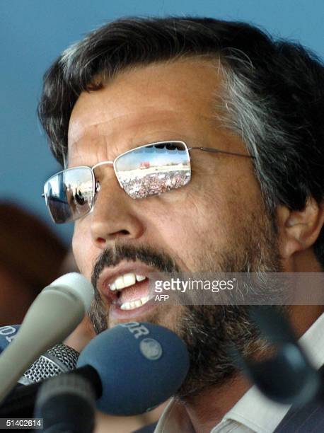 Afghan presidential candidate Yunus Qanooni addresses an election rally at Kabul stadium, 05 October 2004. Qanooni, the man considered to be Afghan...