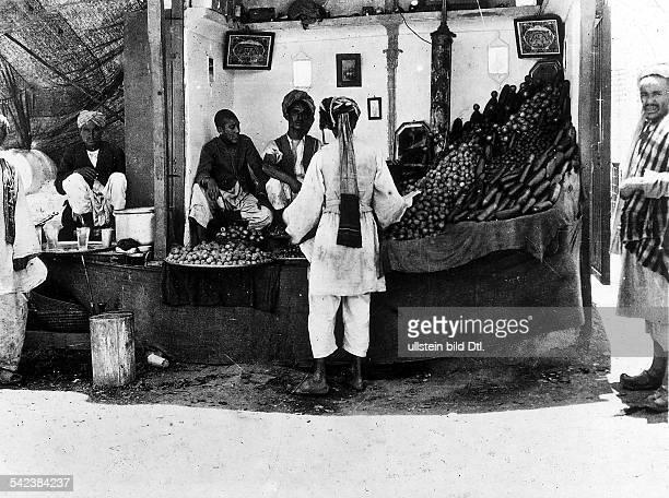 Afghanistan, views:Market scene in Kabul1935