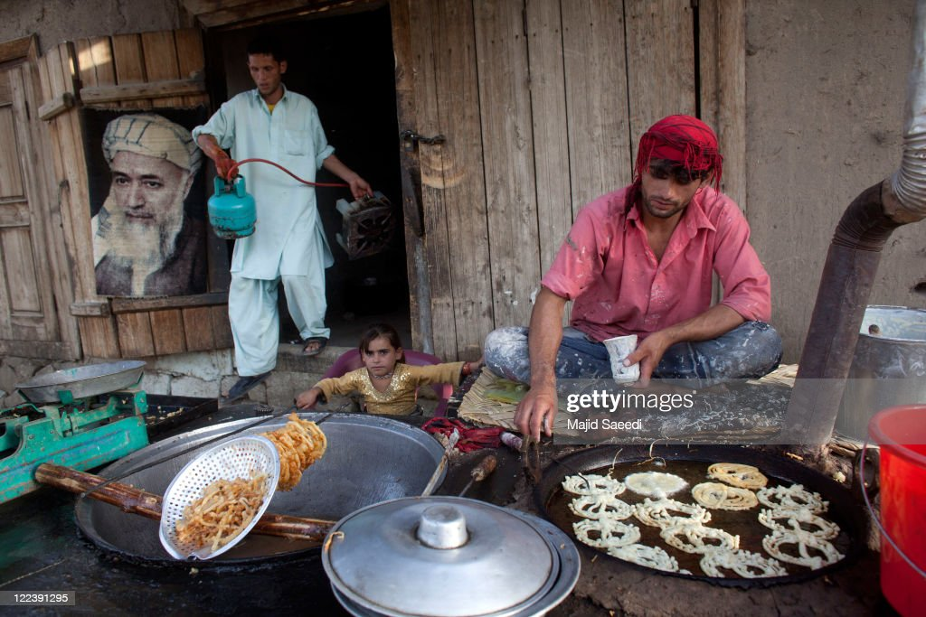 Wonderful Iftar Eid Al-Fitr Food - afghans-sell-food-in-a-market-in-preparation-for-iftar-the-evening-picture-id122391295?k\u003d6\u0026m\u003d122391295\u0026s\u003d612x612\u0026w\u003d0\u0026h\u003d1wNGjDe06BZ7uyF9V003EVZu5NGK5TmwMNa4OaZ156c\u003d  2018_213346 .com/photos/afghans-sell-food-in-a-market-in-preparation-for-iftar-the-evening-picture-id122391295?k\u003d6\u0026m\u003d122391295\u0026s\u003d612x612\u0026w\u003d0\u0026h\u003d1wNGjDe06BZ7uyF9V003EVZu5NGK5TmwMNa4OaZ156c\u003d