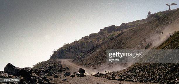 africa, ethiopia, ethiopian highlands view of landslide (year 2000) - landslide stock pictures, royalty-free photos & images