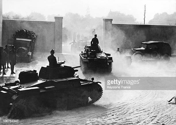 Africa Libya Afrika Korps Tanks Leaving Their Barracks In March 1941
