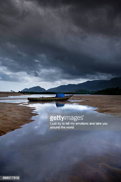 africa, sierra leone, freetown - freetown sierra leone stock pictures, royalty-free photos & images