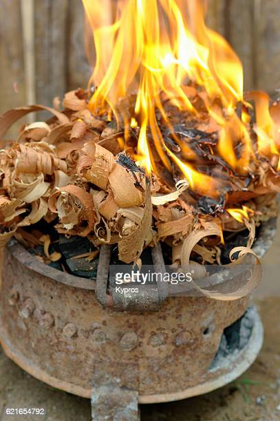 africa, southern africa, mozambique, mueda, view of charcoal brazier with wood tinder (2009) - tinder stock pictures, royalty-free photos & images