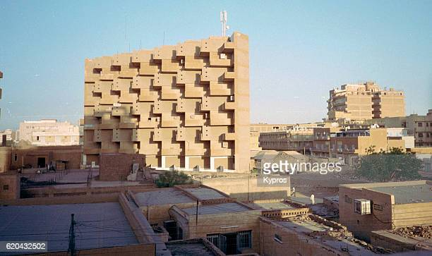 africa, sudan, khartoum, cityscape view of town, architecture and buildings (year 2000) - sudan stock pictures, royalty-free photos & images