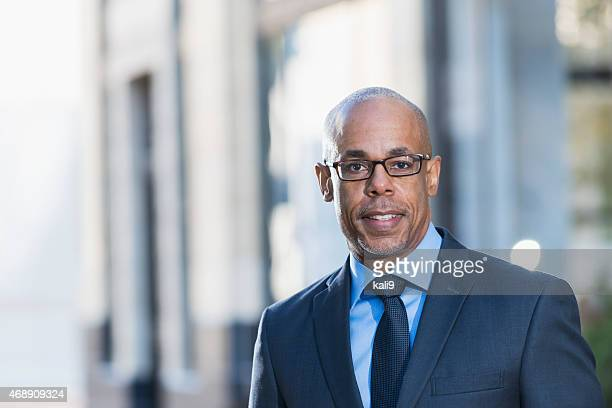 African American businessman wearing suit