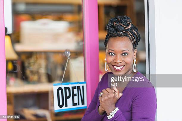 african american female small business owner - opening event stock pictures, royalty-free photos & images
