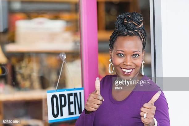 Femme afro-américaine petite entreprise propriétaire