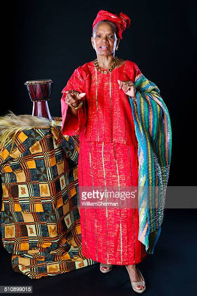 african american female storyteller - dashiki stock photos and pictures