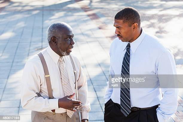 アフリカ系アメリカ人の老人男性、大人ソン - 一張羅 ストックフォトと画像