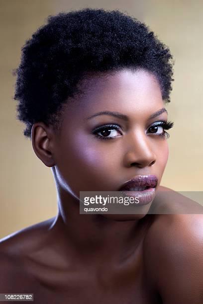 Afro-américaine jeune femme beauté tourné